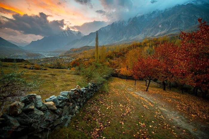 pakistan-colors-in-autumn