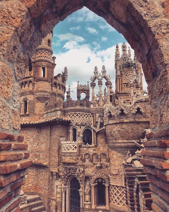 the-colorames-castle-in-spain