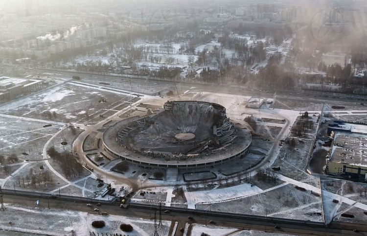 the-collapse-of-the-sports-arena-in-st-petersburg-russia