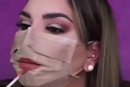 a-girl-found-a-way-to-hide-the-presence-of-a-protective-mask-on-her-face