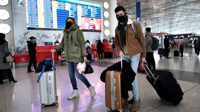 how-to-protect-yourself-from-coronavirus-if-you-need-to-travel-to-another-city