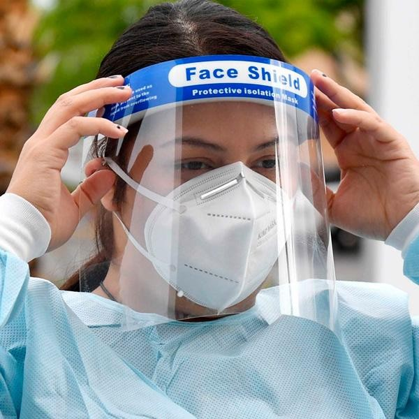 the-face-shield-protects-against-coronavirus-no-worse-than-medical-masks