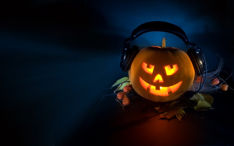 50-spooky-halloween-songs-that-you-should-add-to-your-playlist-in-2020-bemorepanda