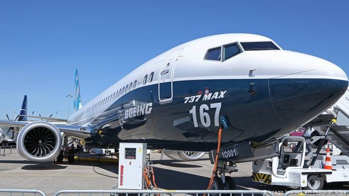 the-world-is-celebrating-the-boeing-737-max-approval-to-fly-again-with-funny-memes