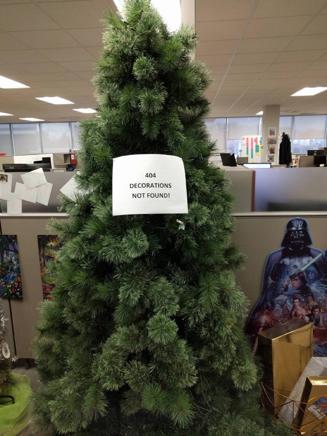 people-are-sharing-funny-christmas-trees-to-boost-the-holiday-mood-during-coronavirus-pandemic