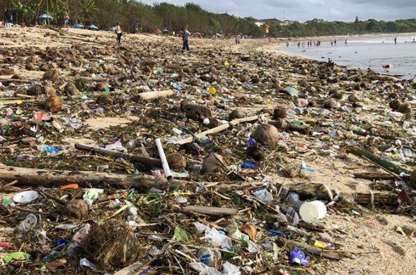 Trash Attack: Bali's beaches are the worst they've been in 10 years, say  authorities | Coconuts Bali