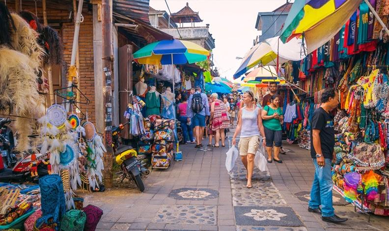 Ubud Traditional Art Market in Bali - Best Art Market in Bali