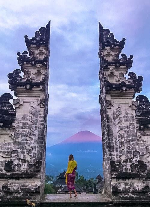 Pura Lempuyang Luhur (Gates of Heaven) — Through Her Wandering Eyes