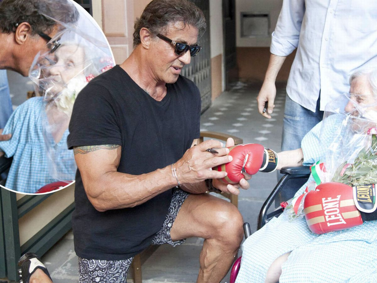 Rocky star Sylvester Stallone faces elderly fan who is gloved up and ready  for a smacker - Irish Mirror Online