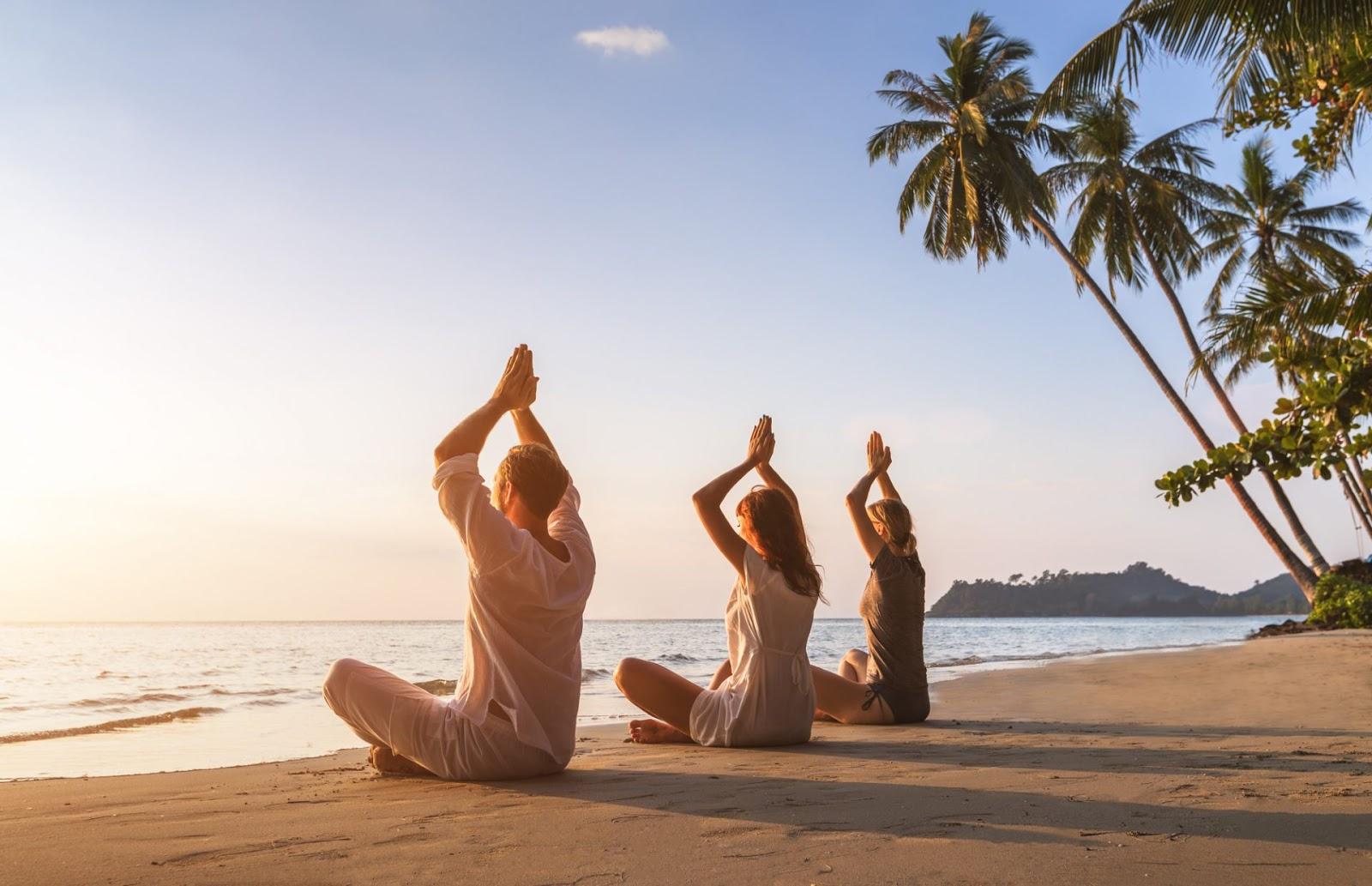 """Картинки по запросу """"india yoga"""""""