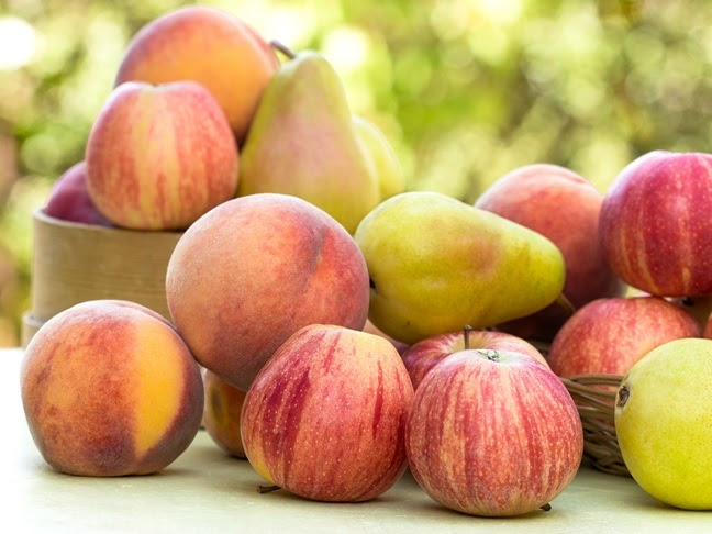 """Картинки по запросу """"apples and peaches"""""""