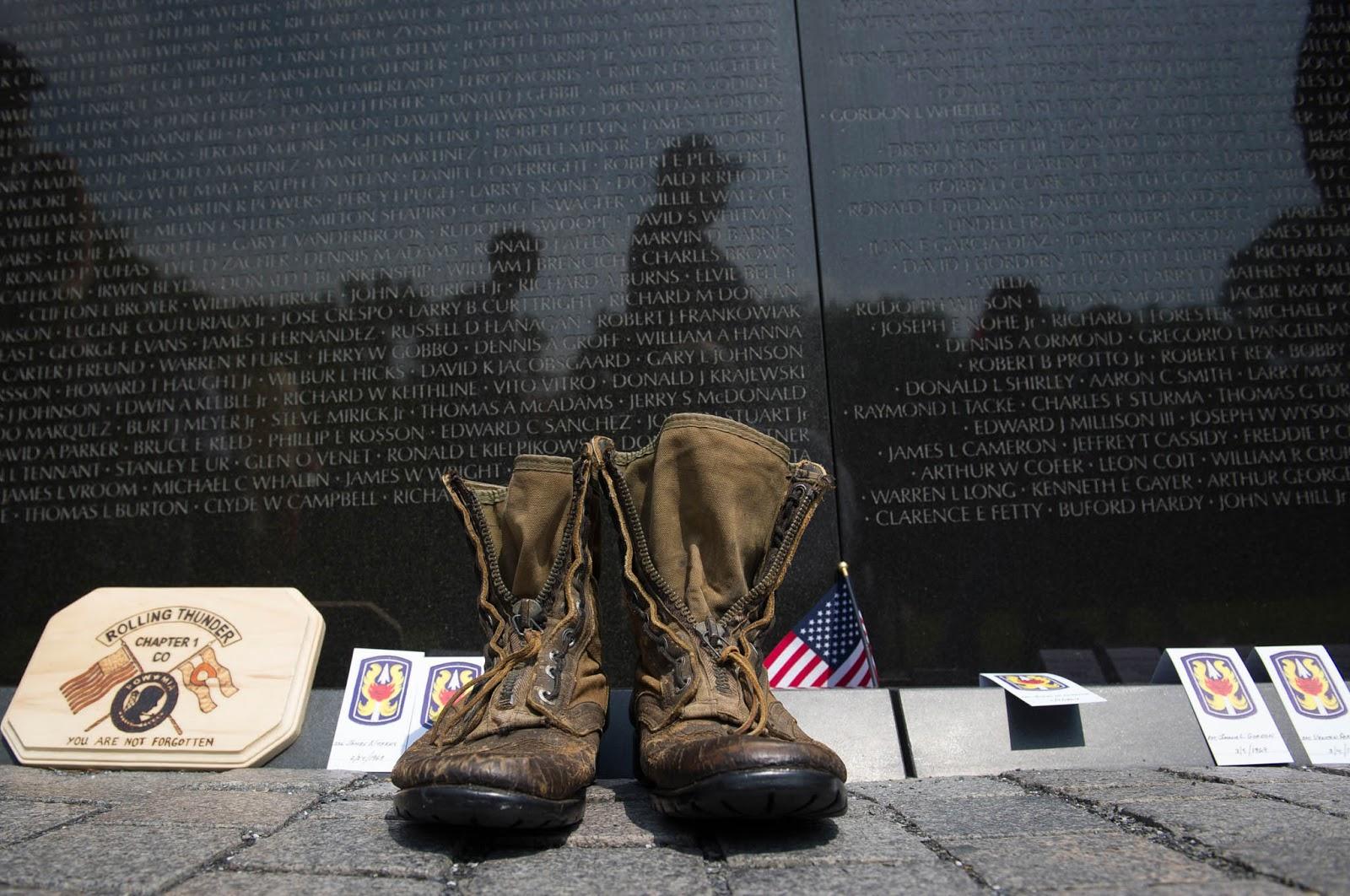 (© Cliff Owen/AP Images)