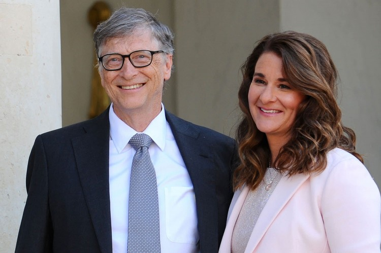 the-divorce-of-bill-and-melinda-gates-has-sparked-an-avalanche-of-memes-on-social-media-top-50-funny-pictures